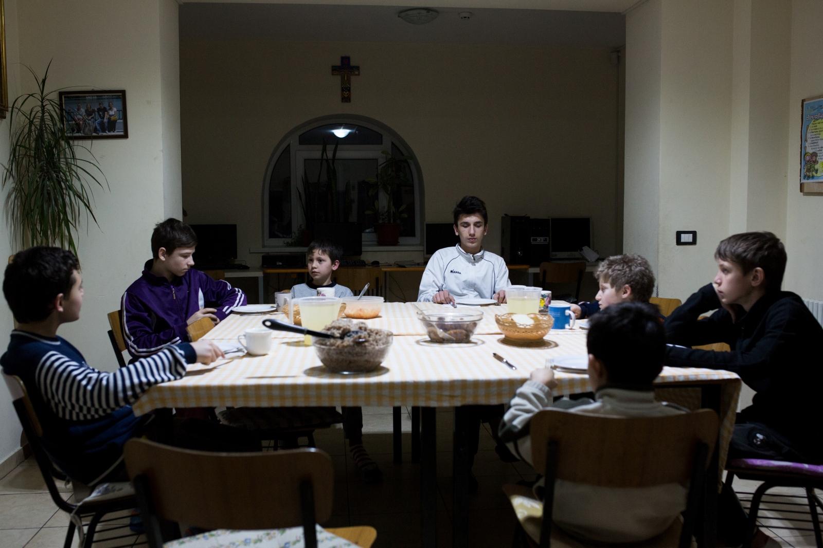 Art and Documentary Photography - Loading orfani_bianchi_016.jpg