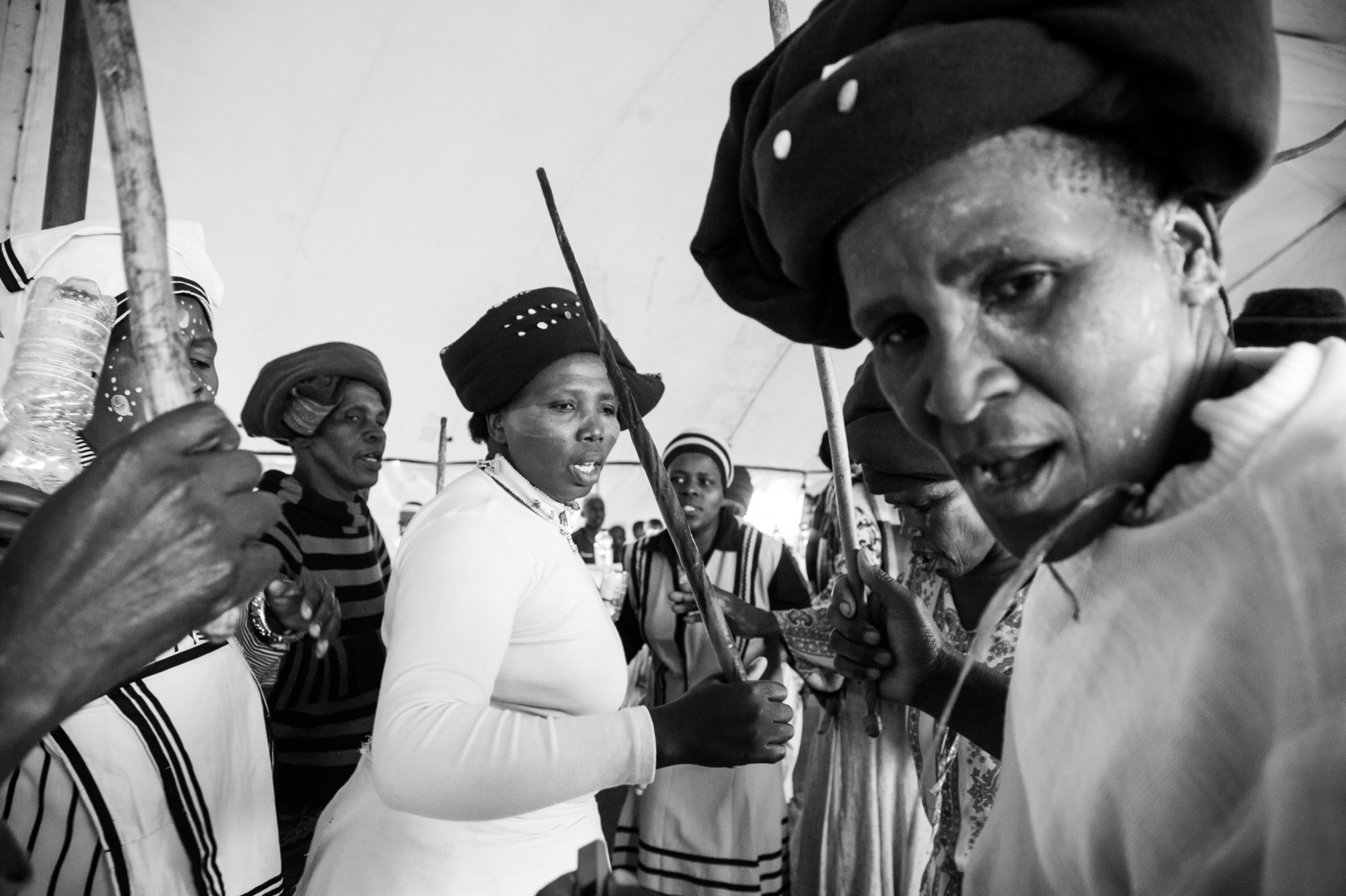 Art and Documentary Photography - Loading Nathalie_Bertrams_Sangomas_17.jpg
