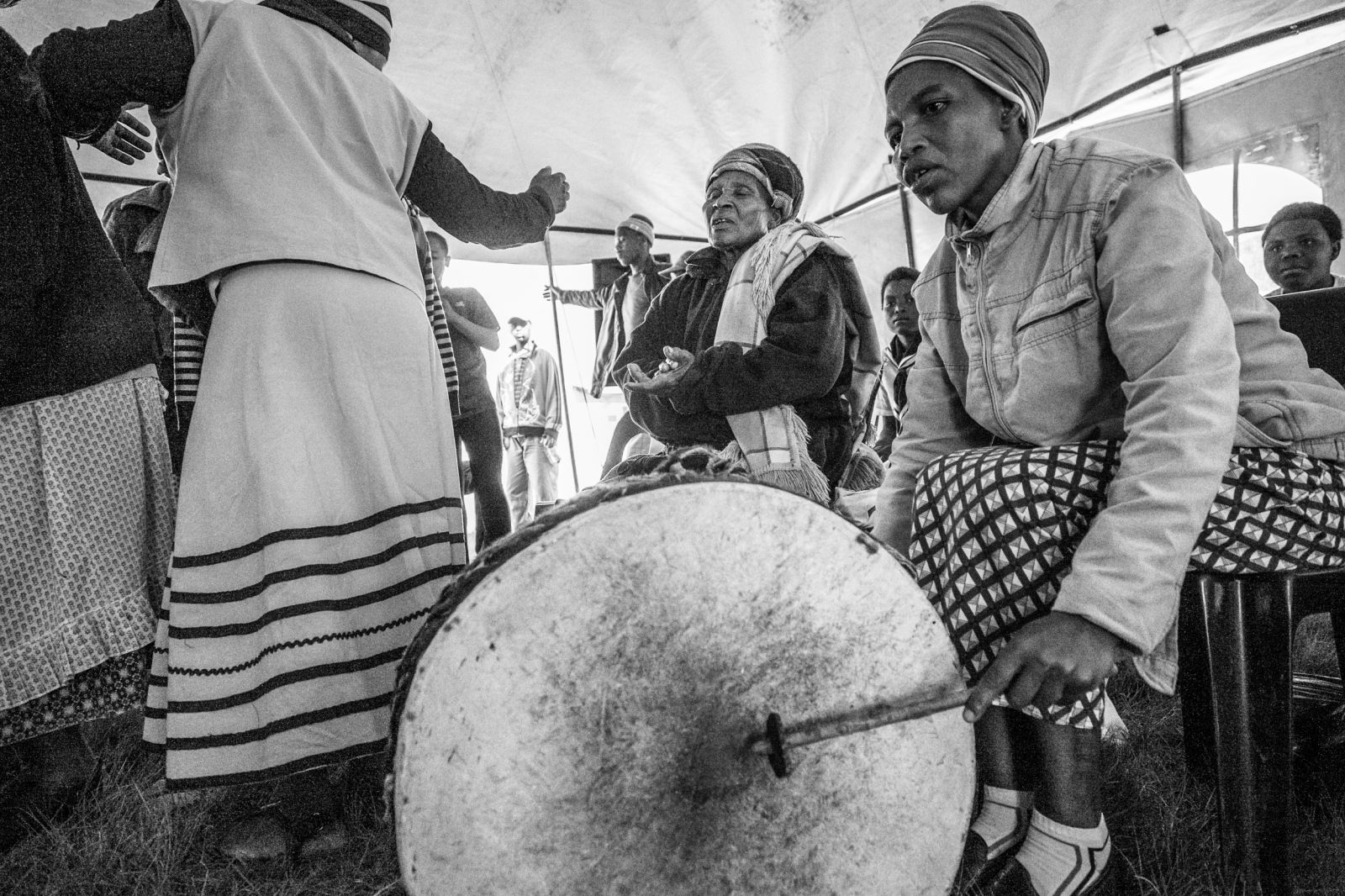 Art and Documentary Photography - Loading Nathalie_Bertrams_Sangomas_20.jpg