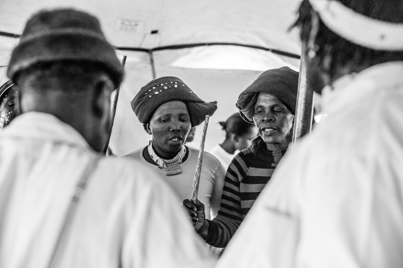 Art and Documentary Photography - Loading Nathalie_Bertrams_Sangomas_28.jpg