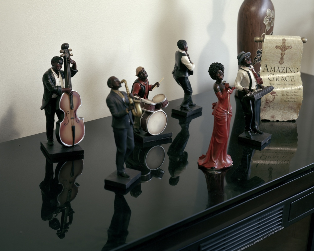 Photography image - Loading Figurines_2_copy_copy.jpg