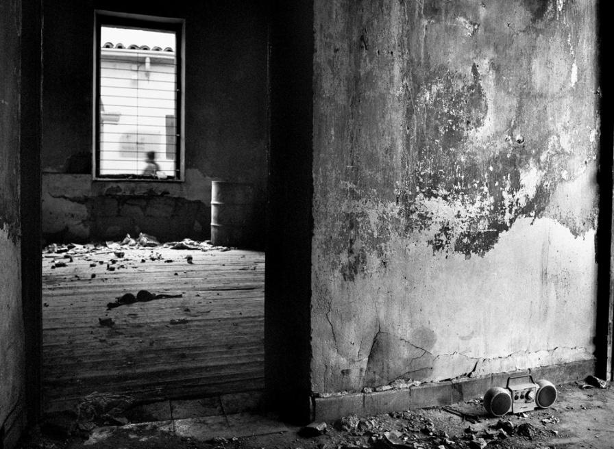 Art and Documentary Photography - Loading 09.jpg