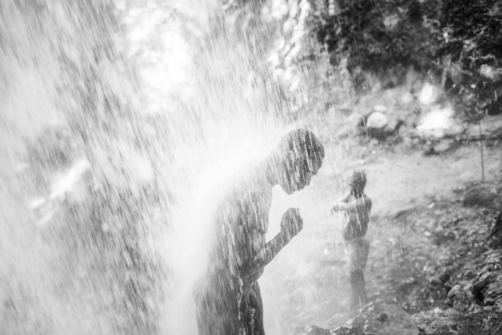 Art and Documentary Photography - Loading _MJ_0152.JPG