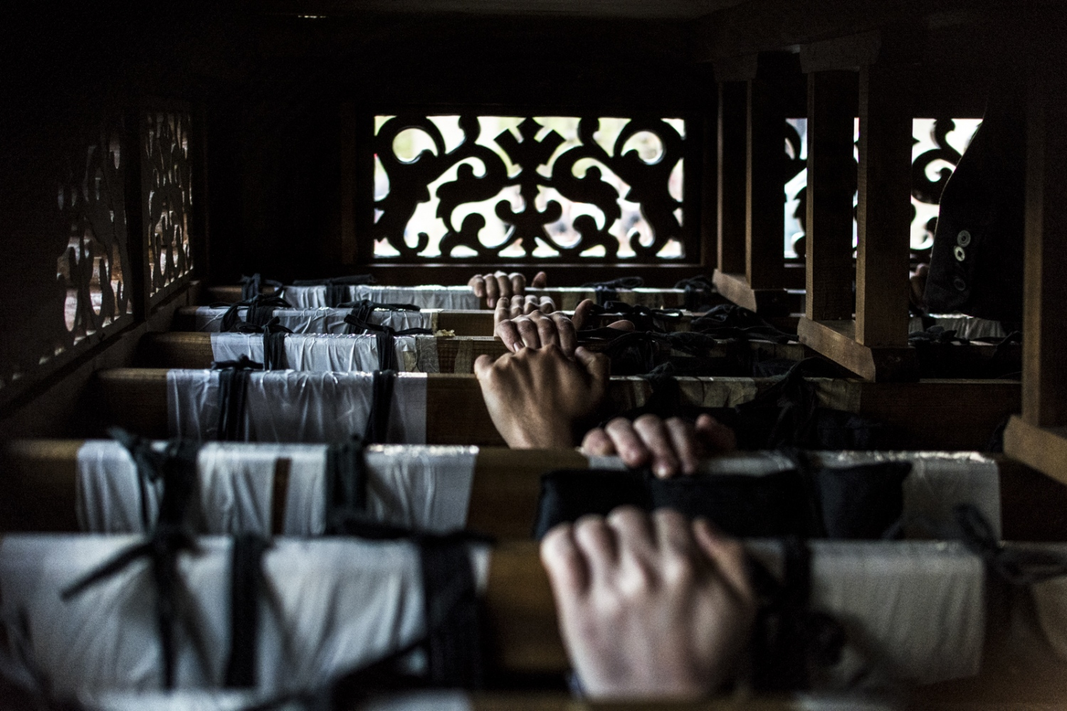 Art and Documentary Photography - Loading Holy_Week-AlbertoBarbaPardal-3.jpg