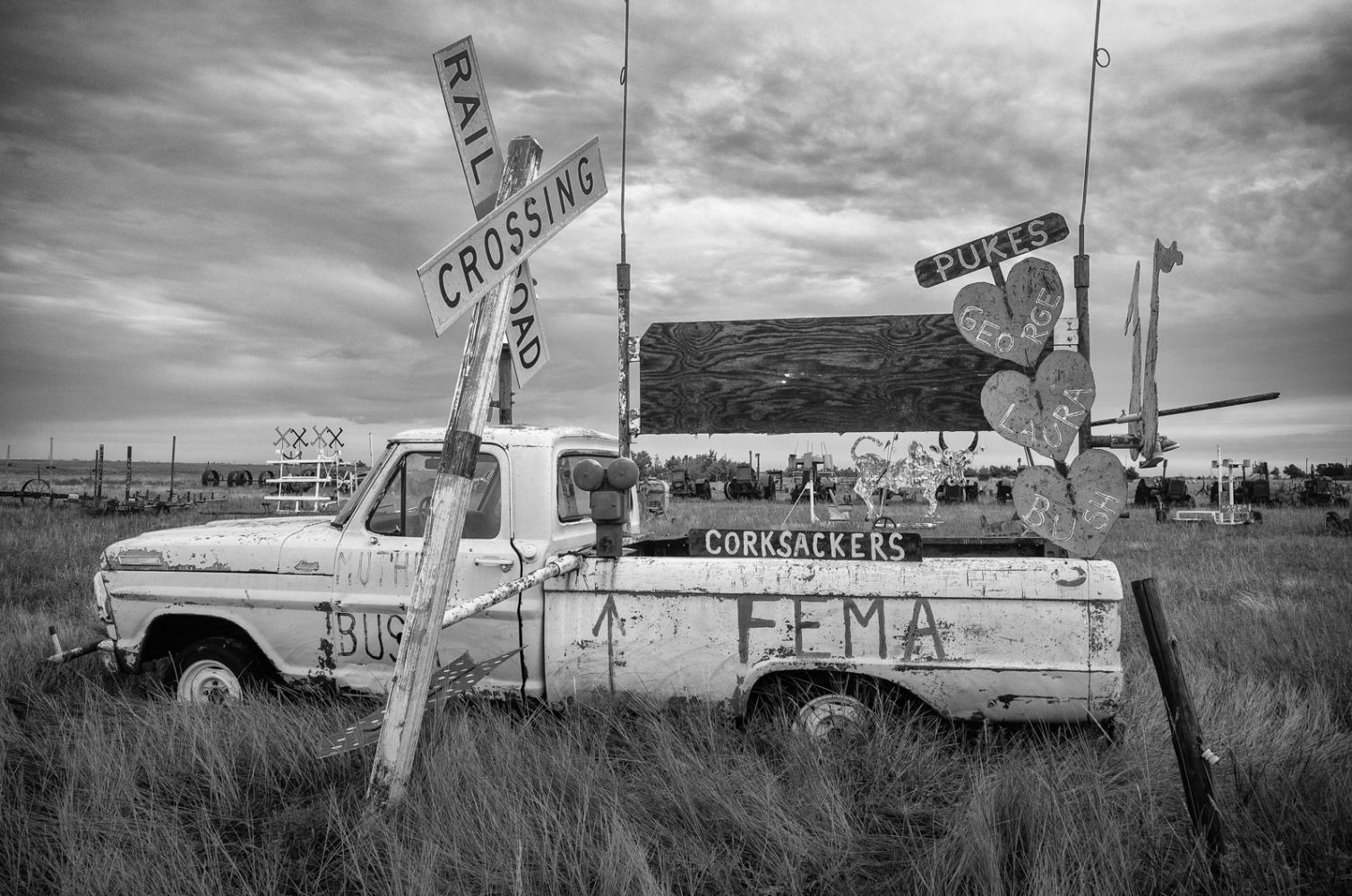 Fema Truck US 400 east of Dodge City, KA
