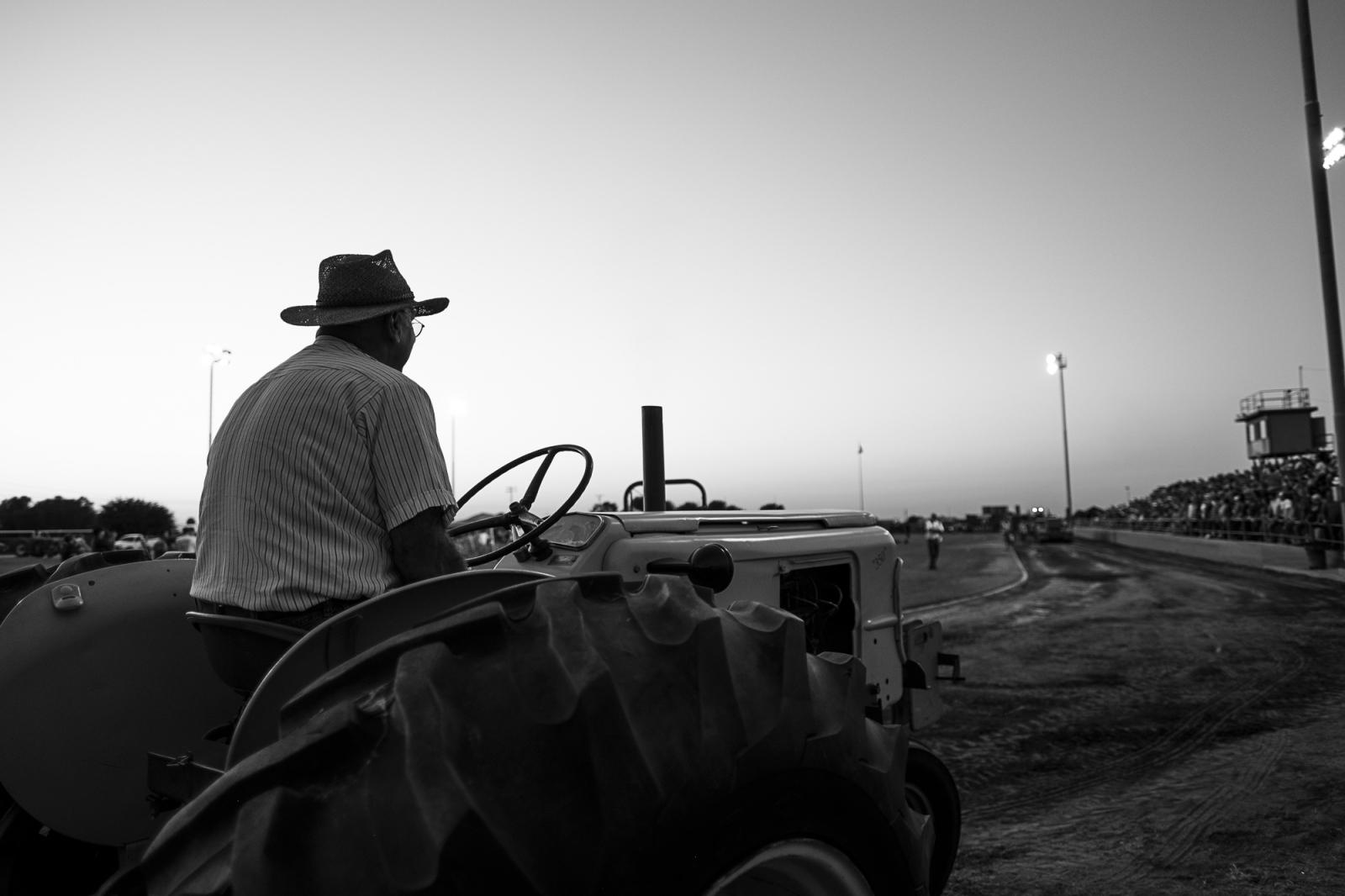 Art and Documentary Photography - Loading FCMP9475.jpg