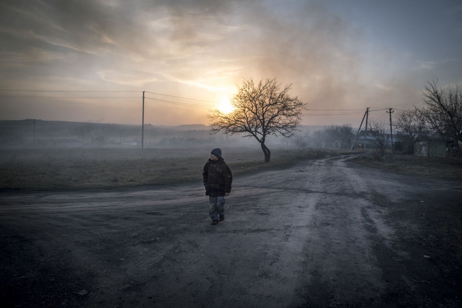 Art and Documentary Photography - Loading Donbass_stories_-_Spartaco_e_Liza_12.jpg