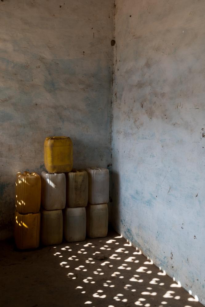 Art and Documentary Photography - Loading Senegal2017_1329_February_21__2016.jpg