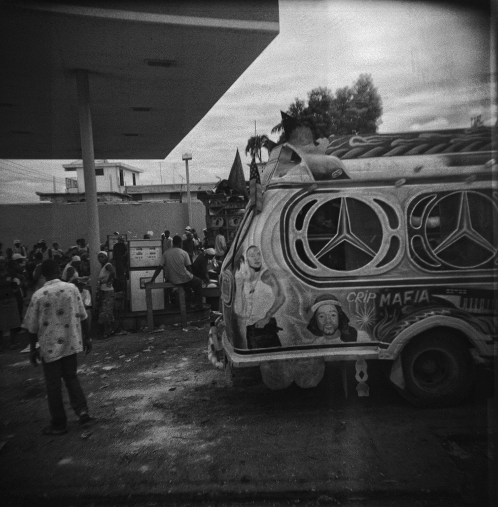 Art and Documentary Photography - Loading ___photo_Juan_Carlos_Haiti_0016.jpg