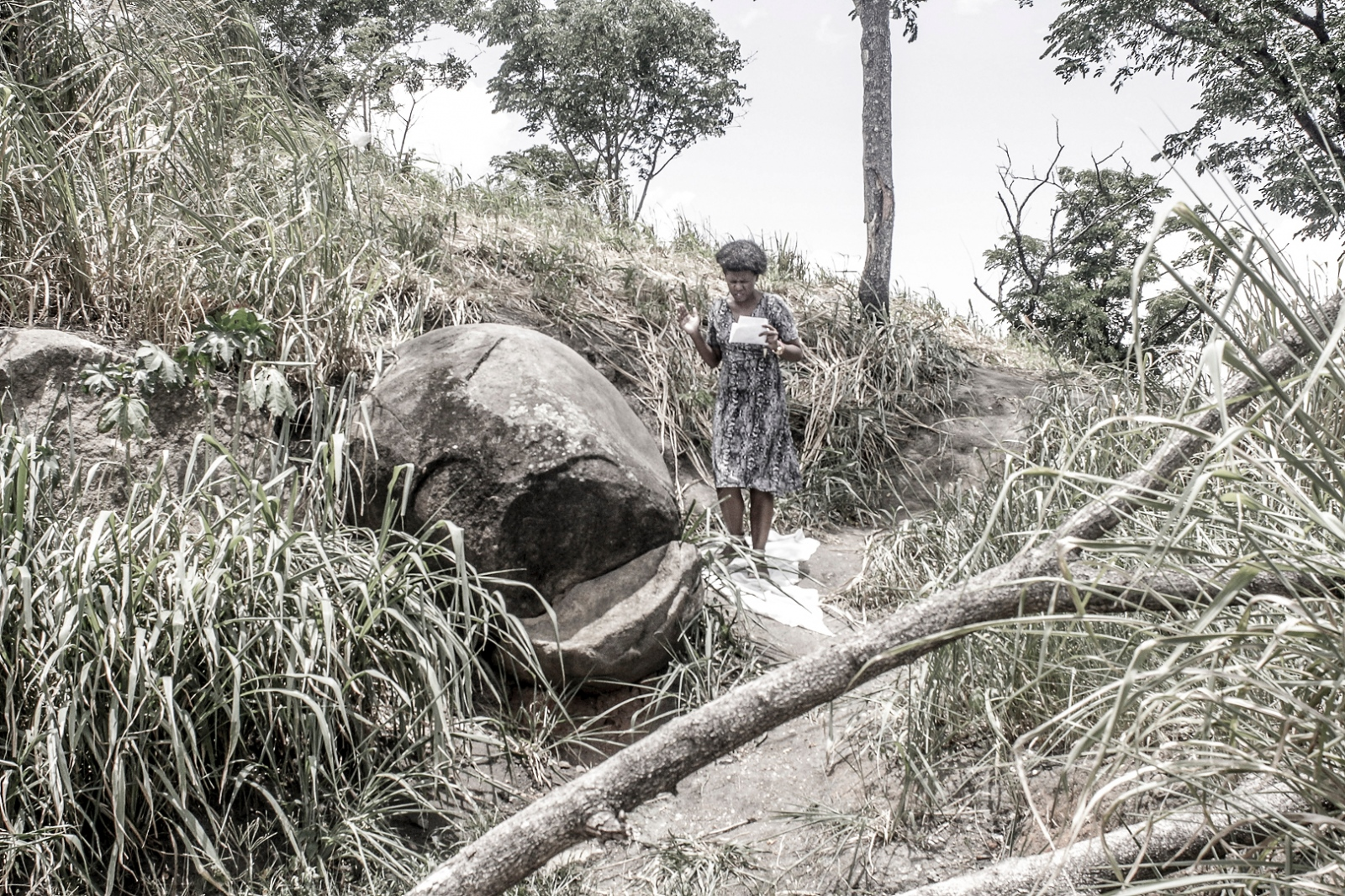 Art and Documentary Photography - Loading hills_of_faith002.JPG