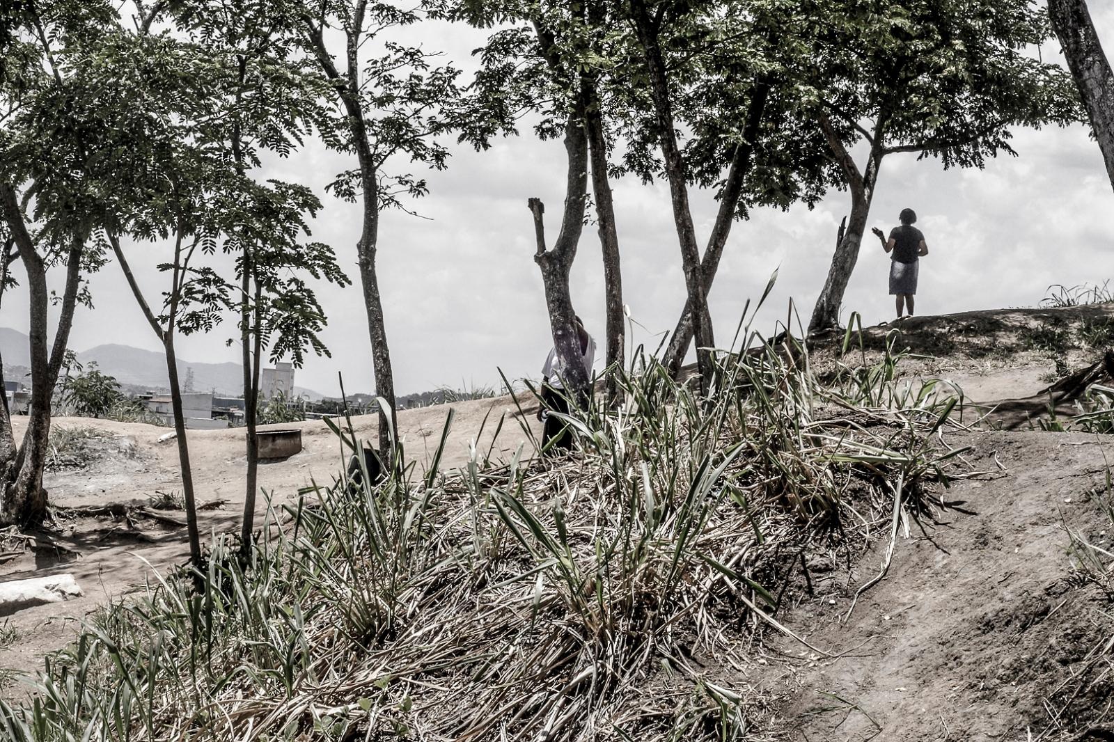 Art and Documentary Photography - Loading hills_of_faith004.JPG