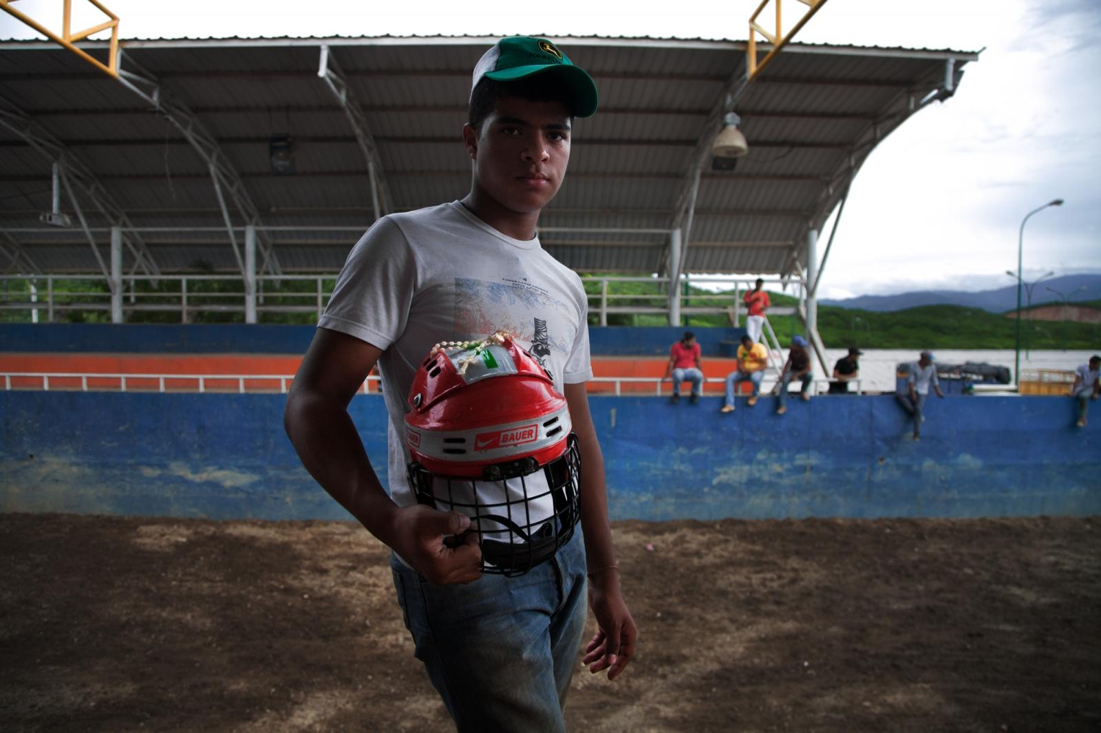 Art and Documentary Photography - Loading 004_Venezuela_WilRiera_Candidate.jpg