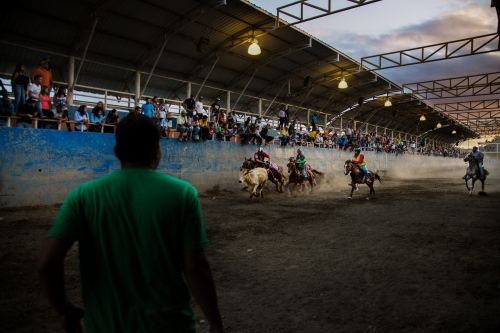 The Culture Of Youth Tail Riders - Photography project by Wilfredo Riera