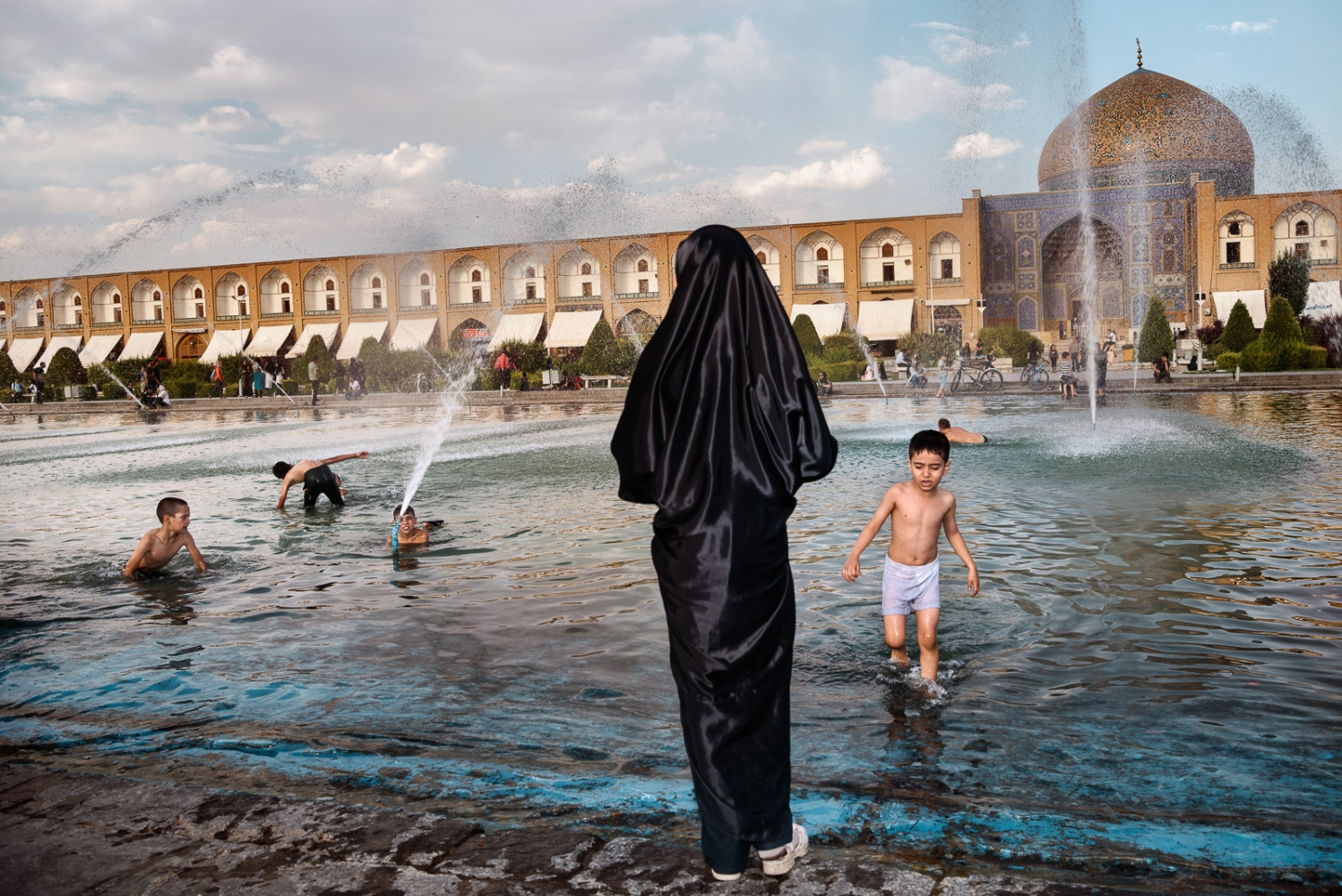 Art and Documentary Photography - Loading 41_IRAN_COMING_SOON.jpg