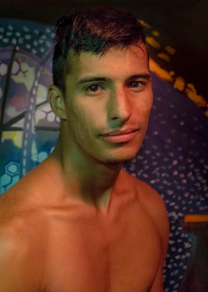Art and Documentary Photography - Loading 39-Stranger-Szami-Bond.jpg