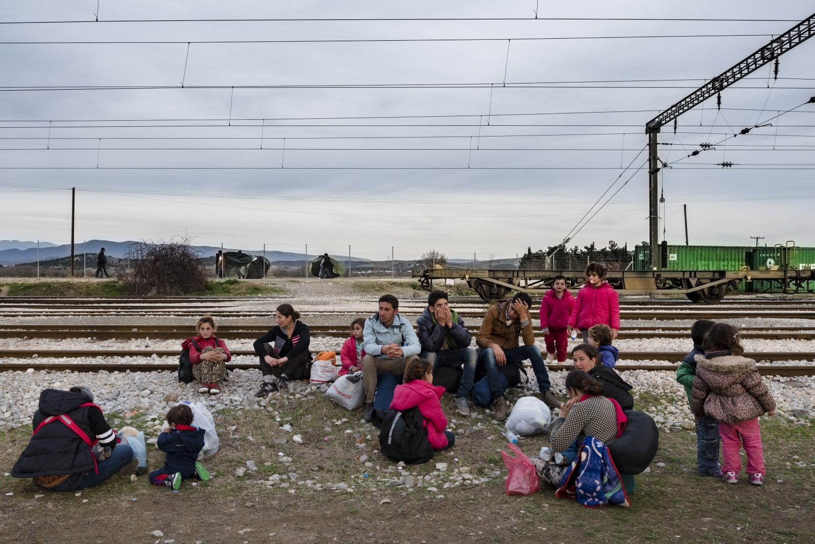 Art and Documentary Photography - Loading Idomeni2016-5.jpg