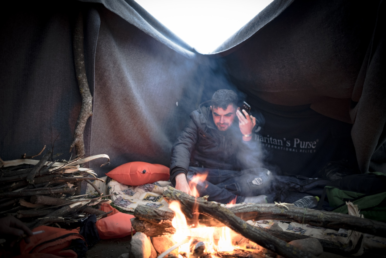 Art and Documentary Photography - Loading Idomeni2016-13.jpg