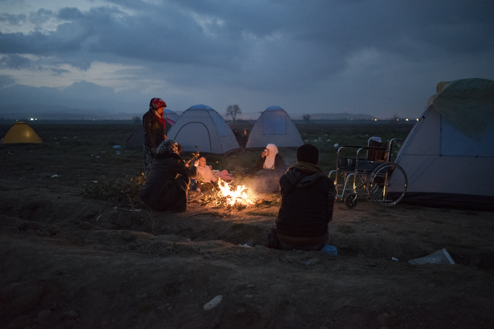 Art and Documentary Photography - Loading Idomeni2016-16.jpg