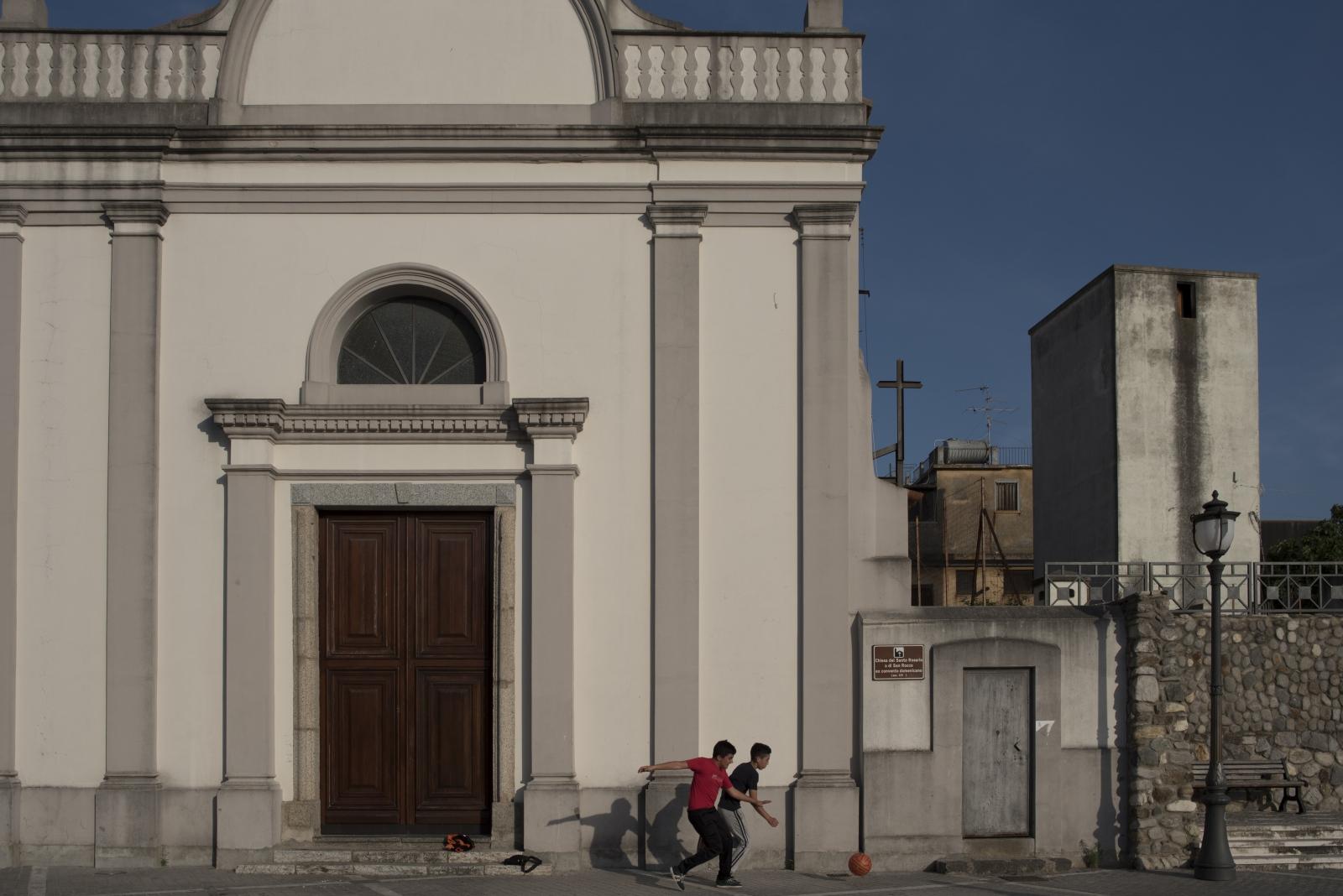 Art and Documentary Photography - Loading rosarno2016-10.jpg