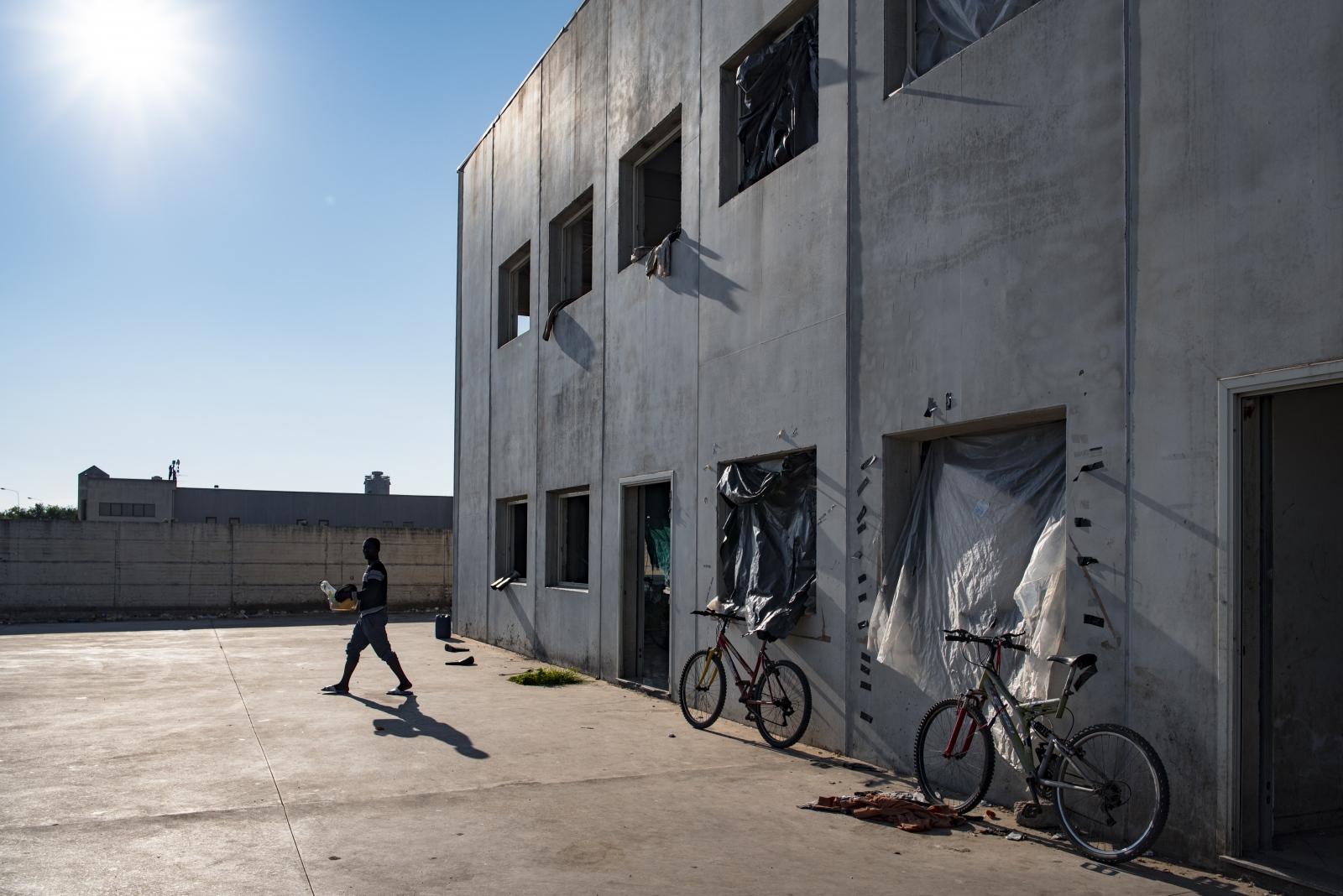 Art and Documentary Photography - Loading rosarno2016-14.jpg