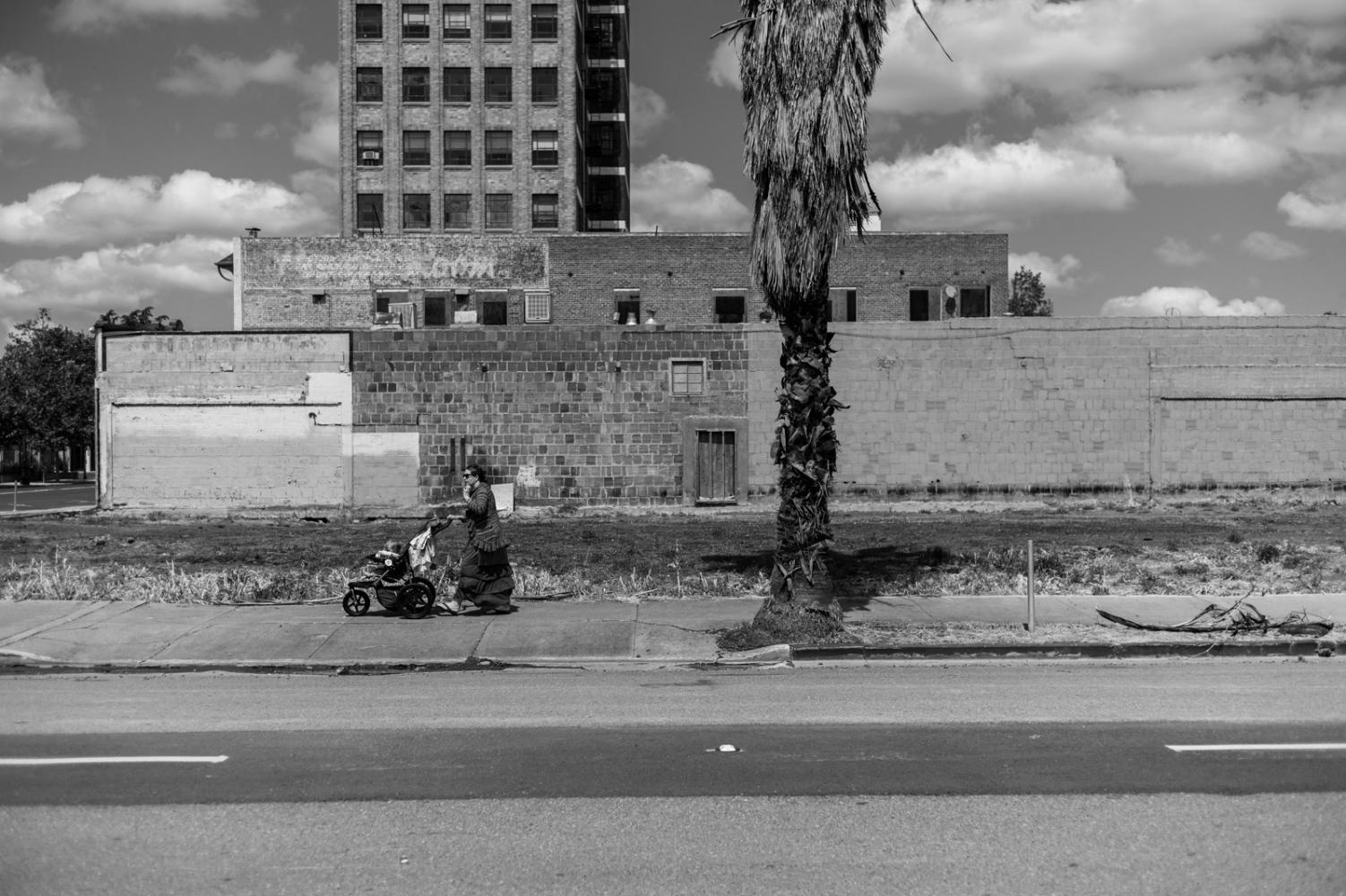 Art and Documentary Photography - Loading yearinstockton-01.jpg