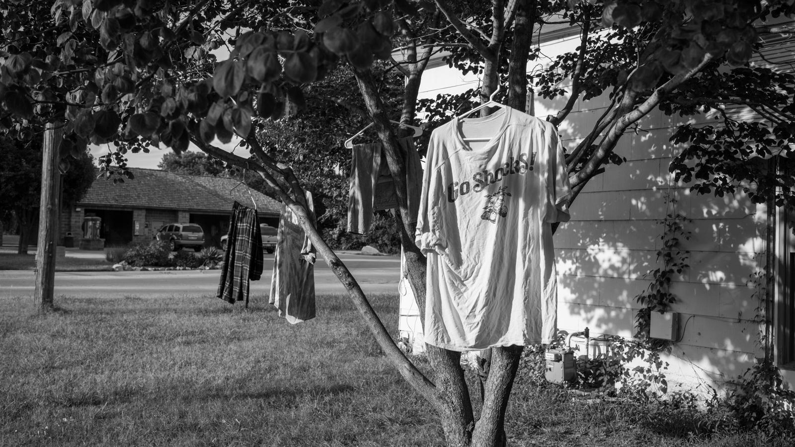 Art and Documentary Photography - Loading KANSAS-05.jpg