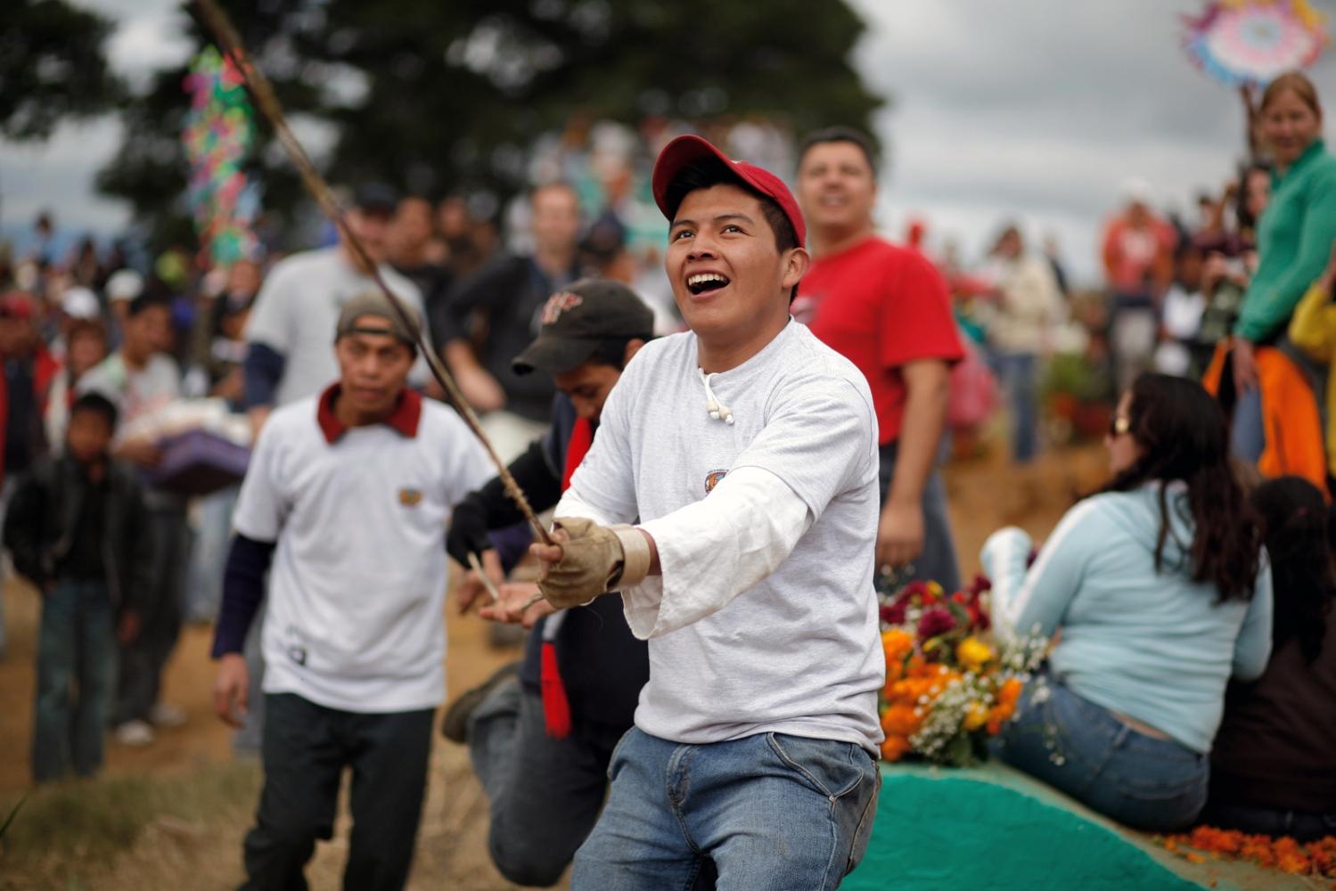 Art and Documentary Photography - Loading Muertos_Guatemala16.JPG