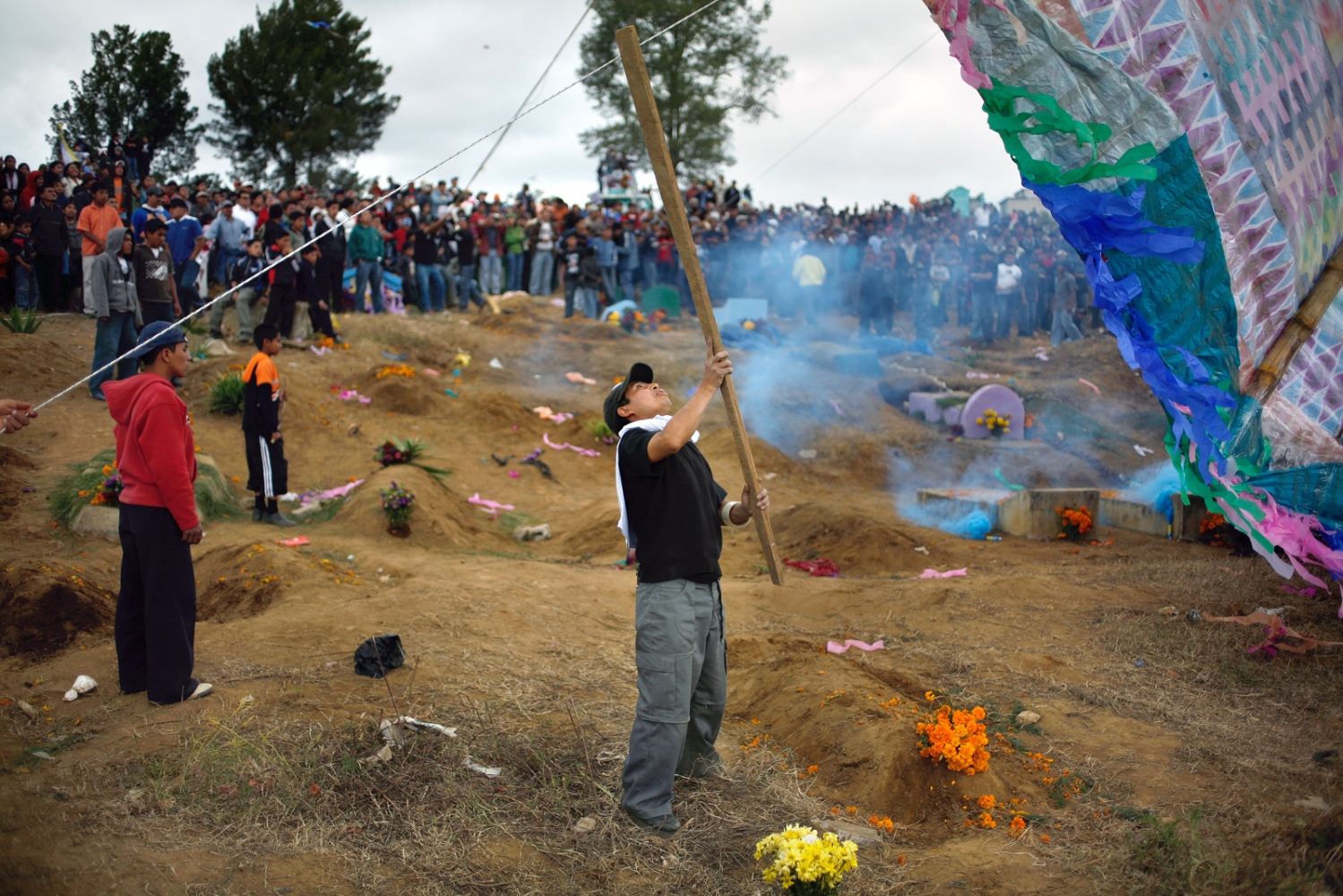 Art and Documentary Photography - Loading Muertos_Guatemala19.JPG