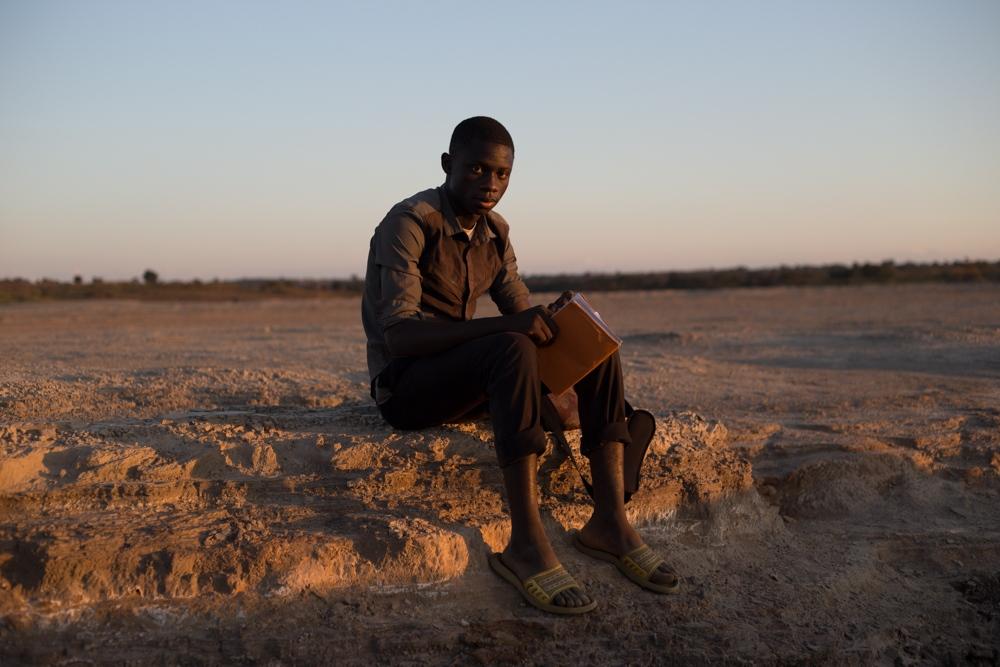 Art and Documentary Photography - Loading 028.jpg
