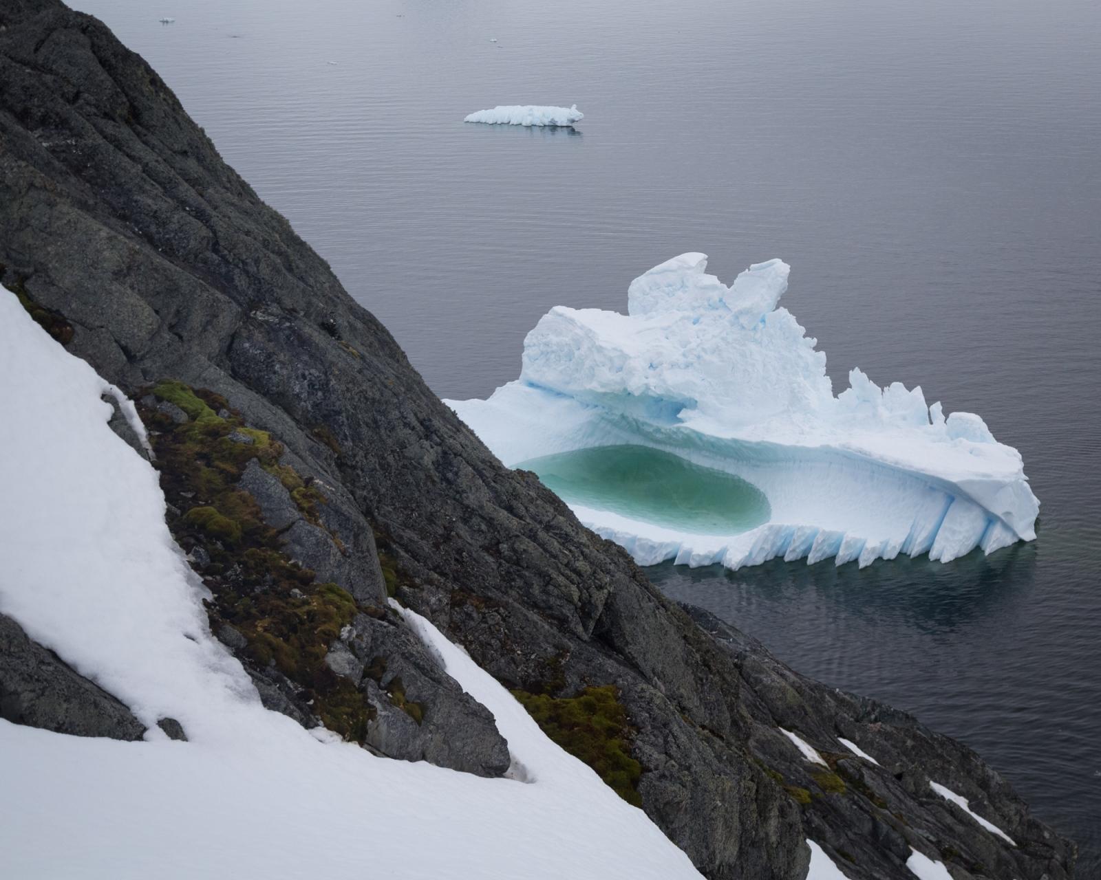 Art and Documentary Photography - Loading 0_Antarctica_UPLOAD_acaciajohnson_23.jpg
