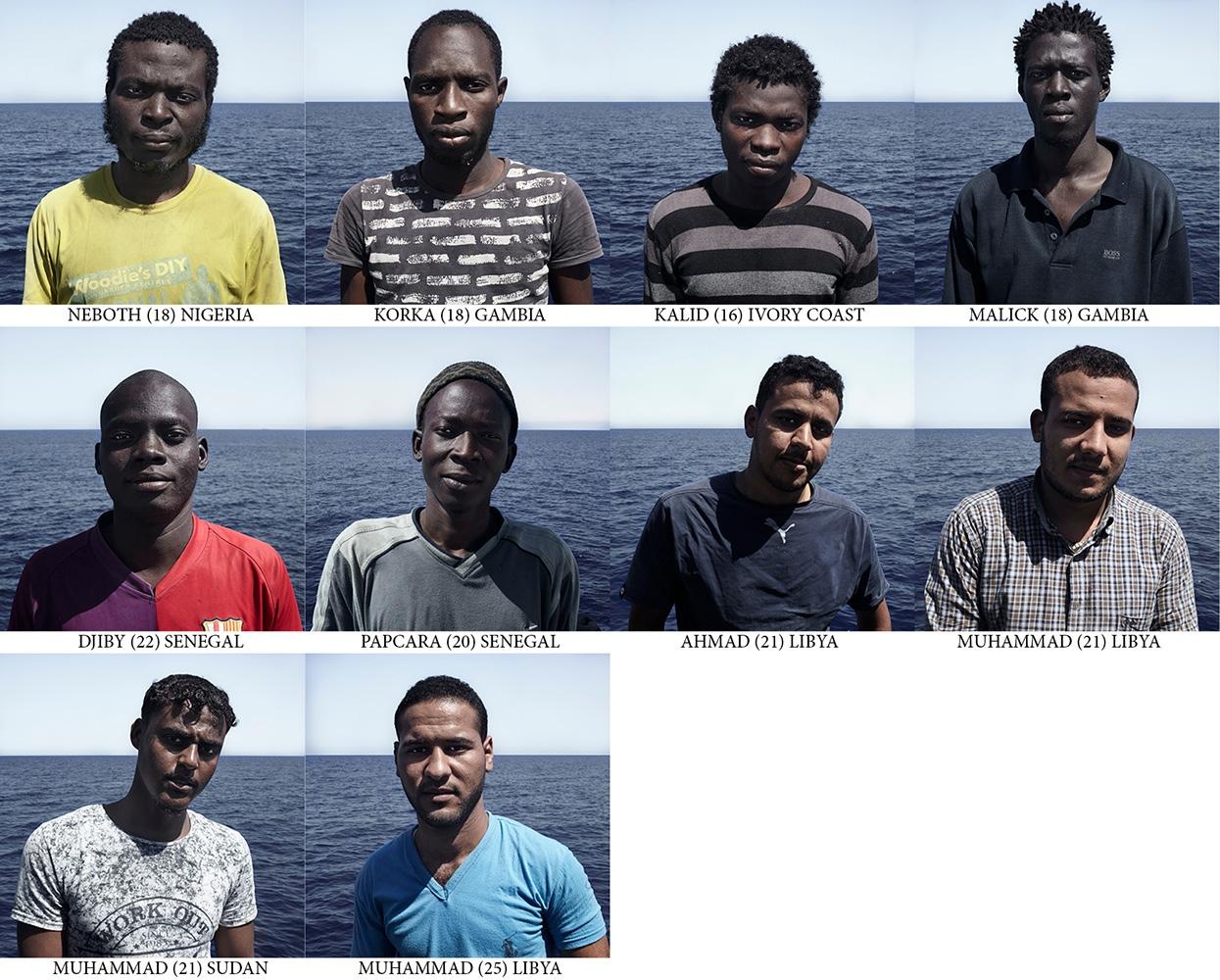 Art and Documentary Photography - Loading Passengers_Cesar_Dezfuli10.jpg