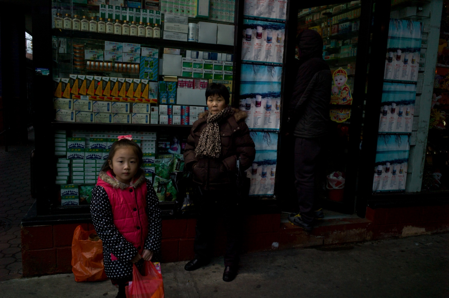 Art and Documentary Photography - Loading Chinatown_15.jpg