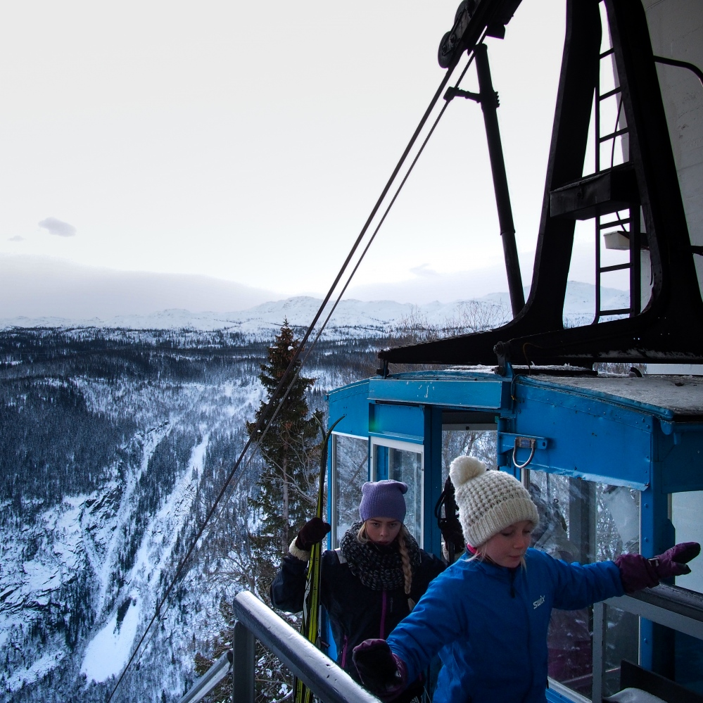 Rjukan, Norway, 2017. Due to direct sunlight absence, Sam Eyde, the founder of Rjukan, decided to build a cable car named Krossobanen, that carried workers and miners on the top of the mountain, letting them receive the winter sunlight. Today the Krossobanen is used by tourists to reach the trekking paths.