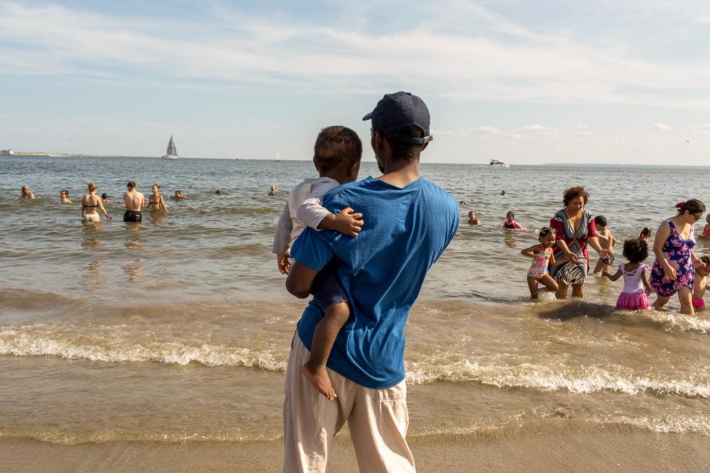 Art and Documentary Photography - Loading Brighton_Beach_2017_-_August_13-7.jpg