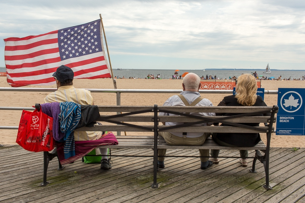 Art and Documentary Photography - Loading Brighton_Beach_2017_-_August_6-217.jpg