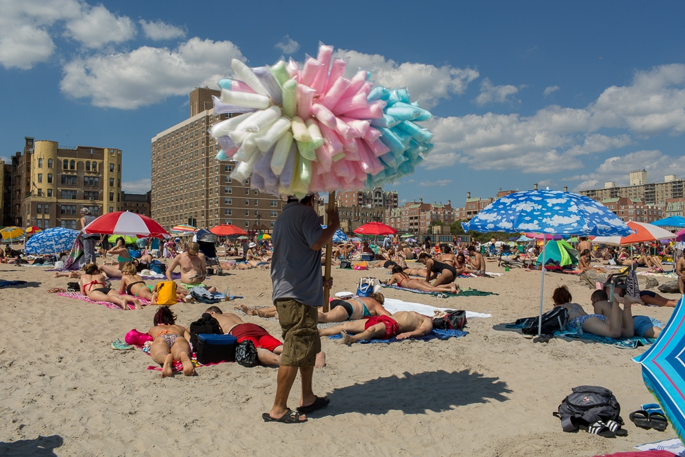 Art and Documentary Photography - Loading Brighton_Beach_2017-46.jpg
