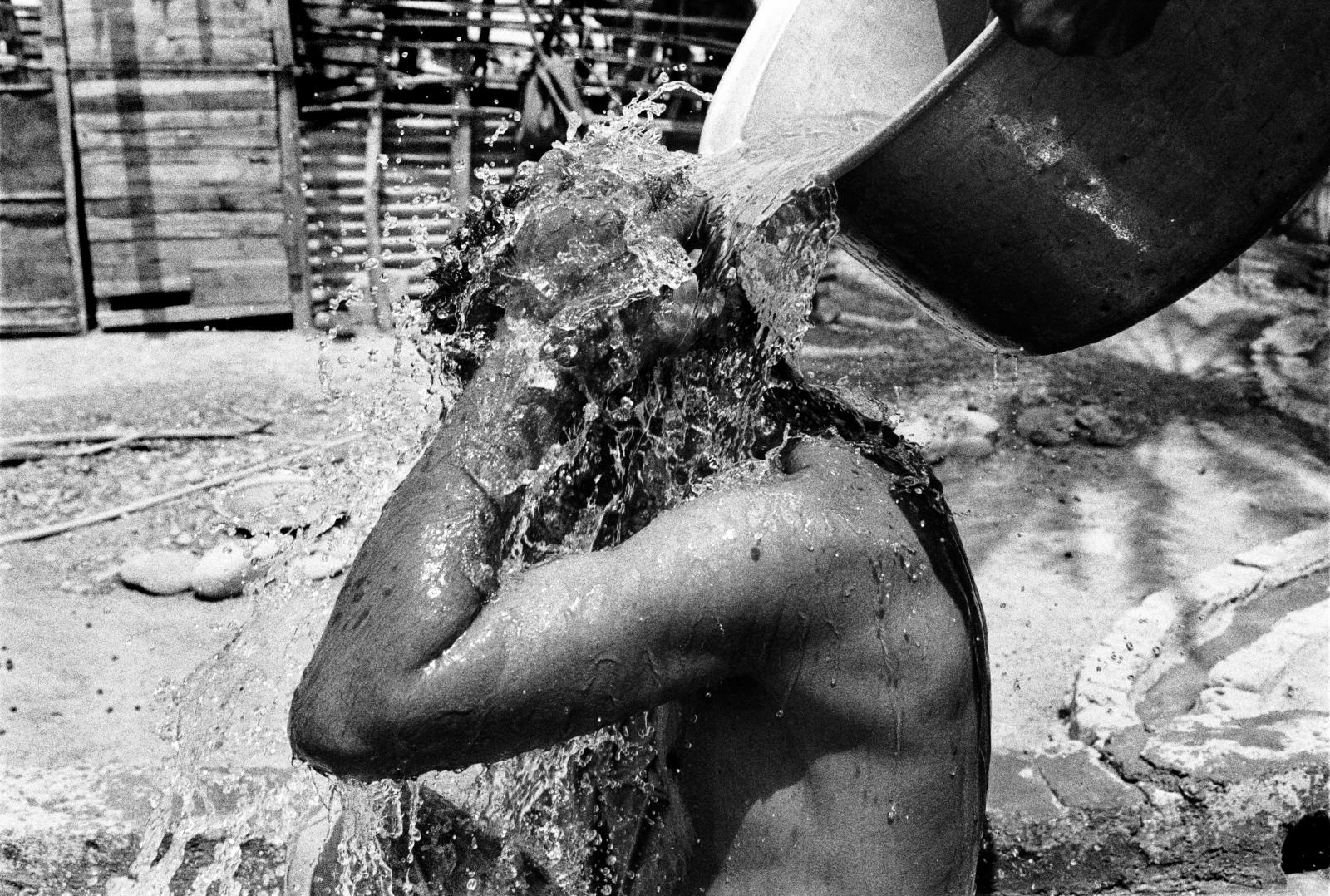 Art and Documentary Photography - Loading 62.jpg