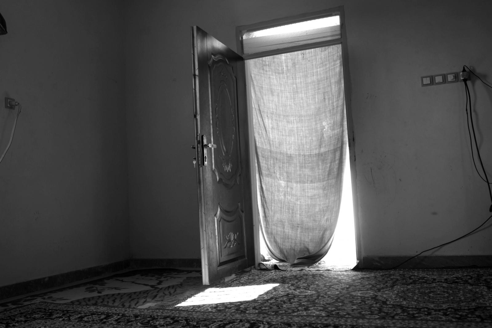 Art and Documentary Photography - Loading 76.JPG