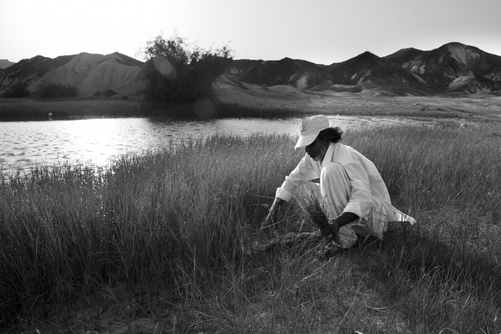 Art and Documentary Photography - Loading 83.jpg