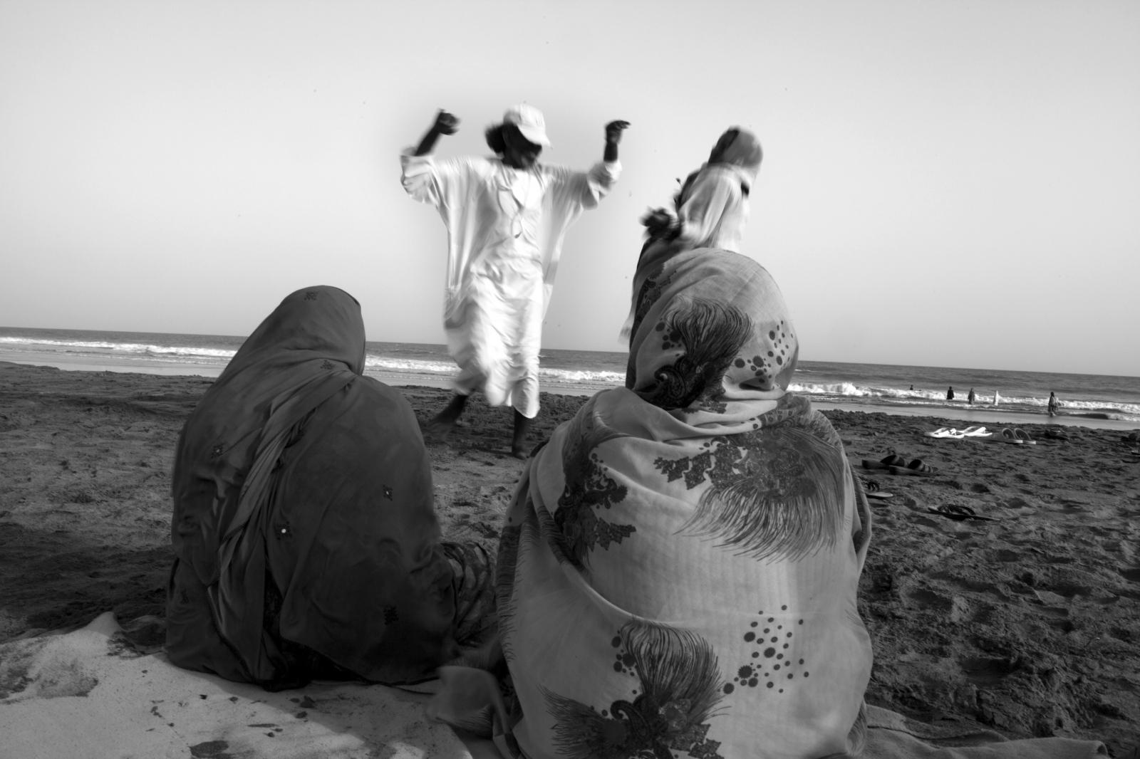 Art and Documentary Photography - Loading 91.jpg