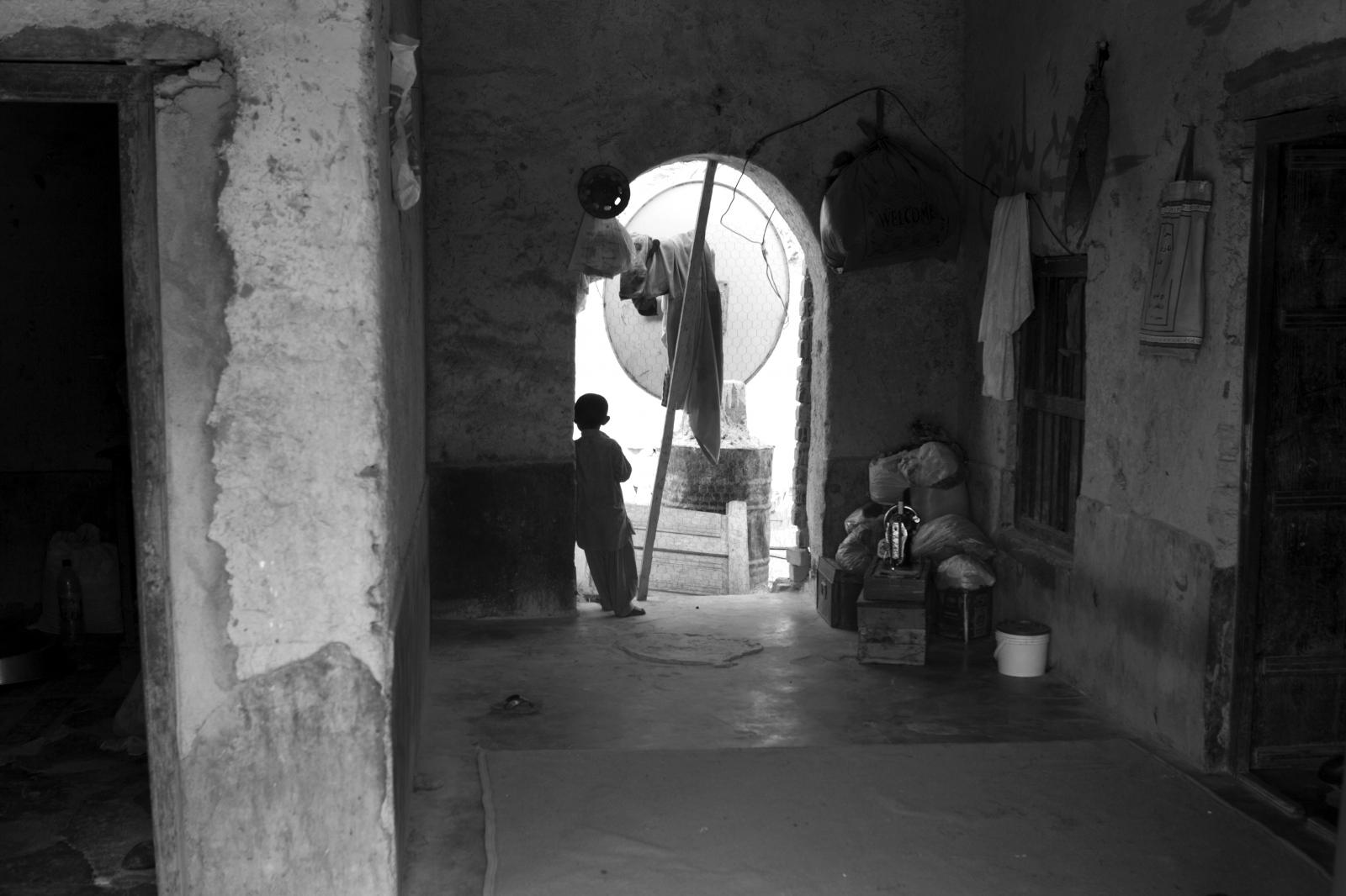Art and Documentary Photography - Loading 95.jpg
