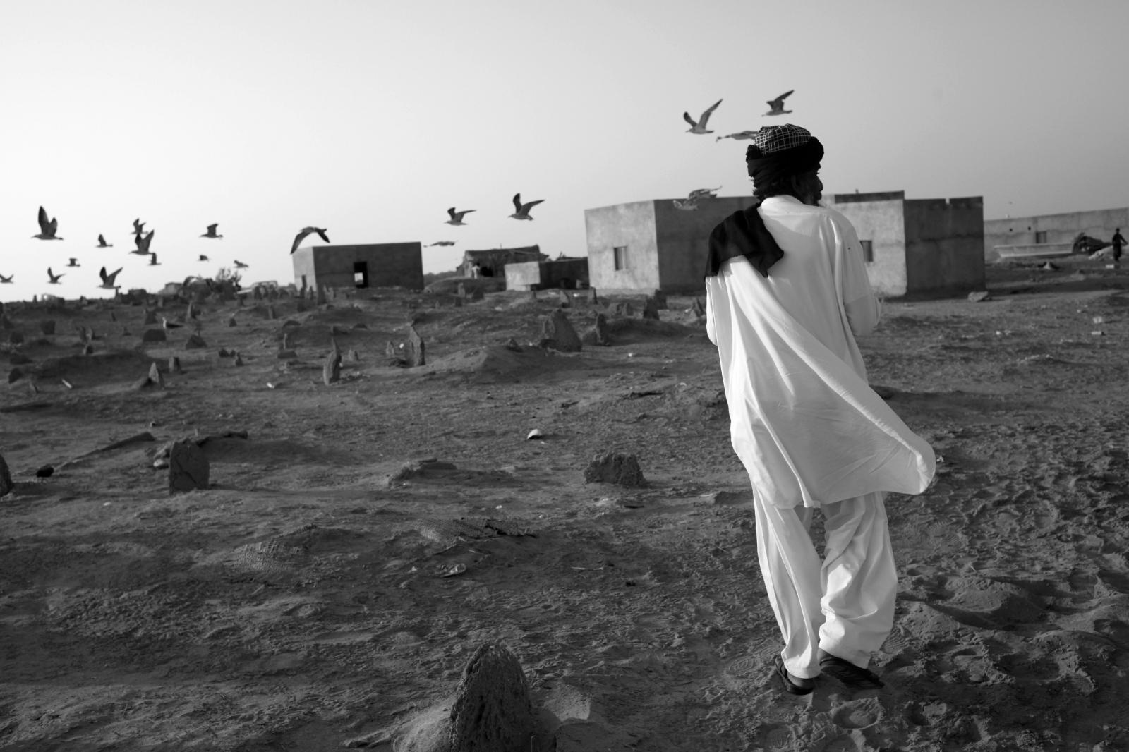 Art and Documentary Photography - Loading 111.JPG