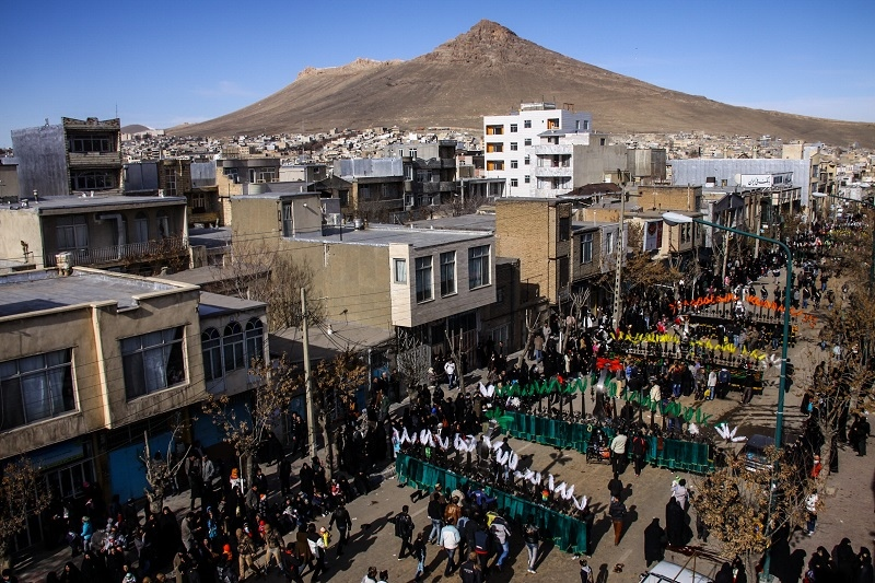 Every year, millions of people come to the streets on Tasou'a and Ashoura Days to mourn for Imam Hossein (AS). The people in Bijar city are carrying the 'Alams (signs)' (spiritual significance for the Twelver Shiite Muslims). (Kurdistan/bijar)