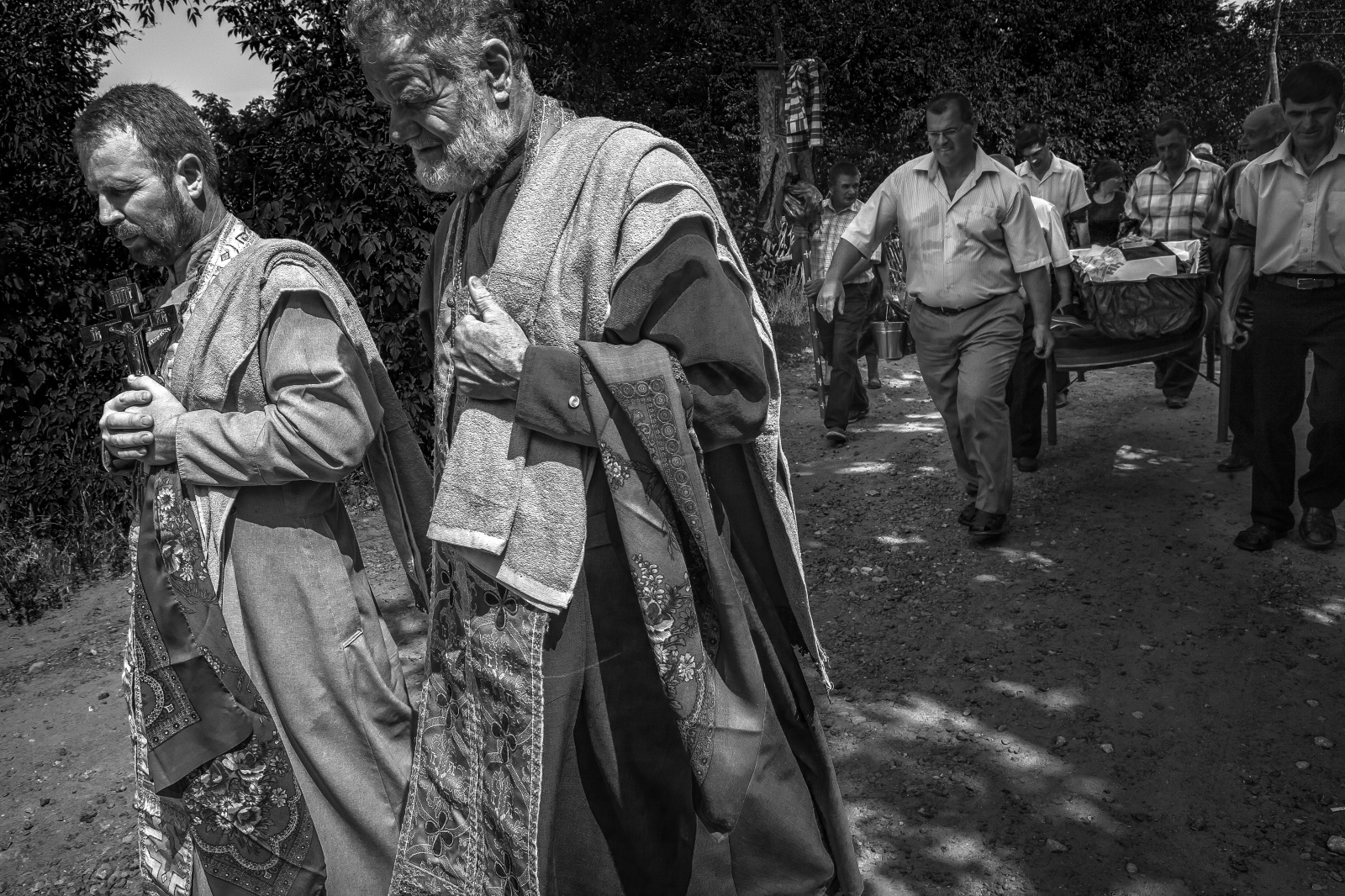 Art and Documentary Photography - Loading bwMary-Estes_Moldova_08-16-2015_2943.JPG