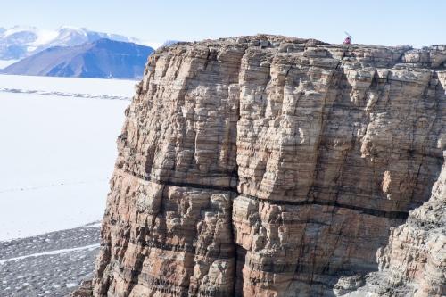 Shackleton - Photography project by Daniel Uhlmann