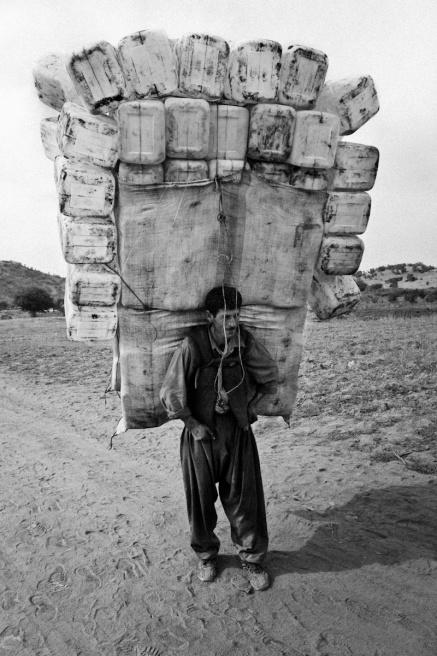 Art and Documentary Photography - Loading Iraq_Visura_16.jpg