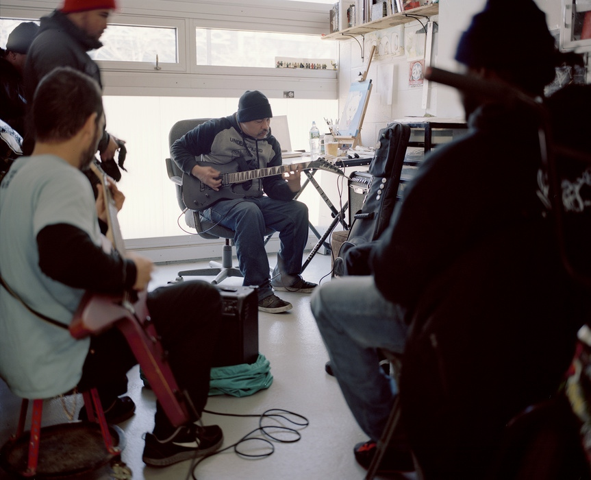 Art and Documentary Photography - Loading 170204_WEB_Rob_practicing_guitar_notes.jpg
