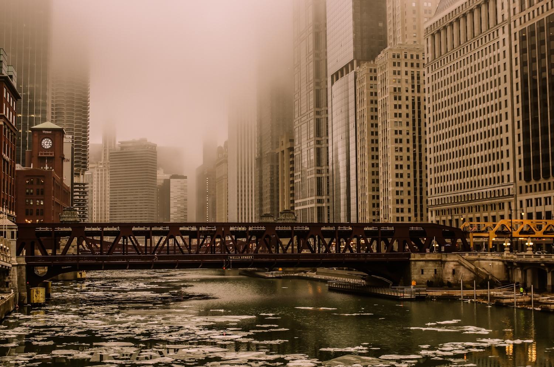 Art and Documentary Photography - Loading -Wells_St_Bridge__Chicago_2018.jpg