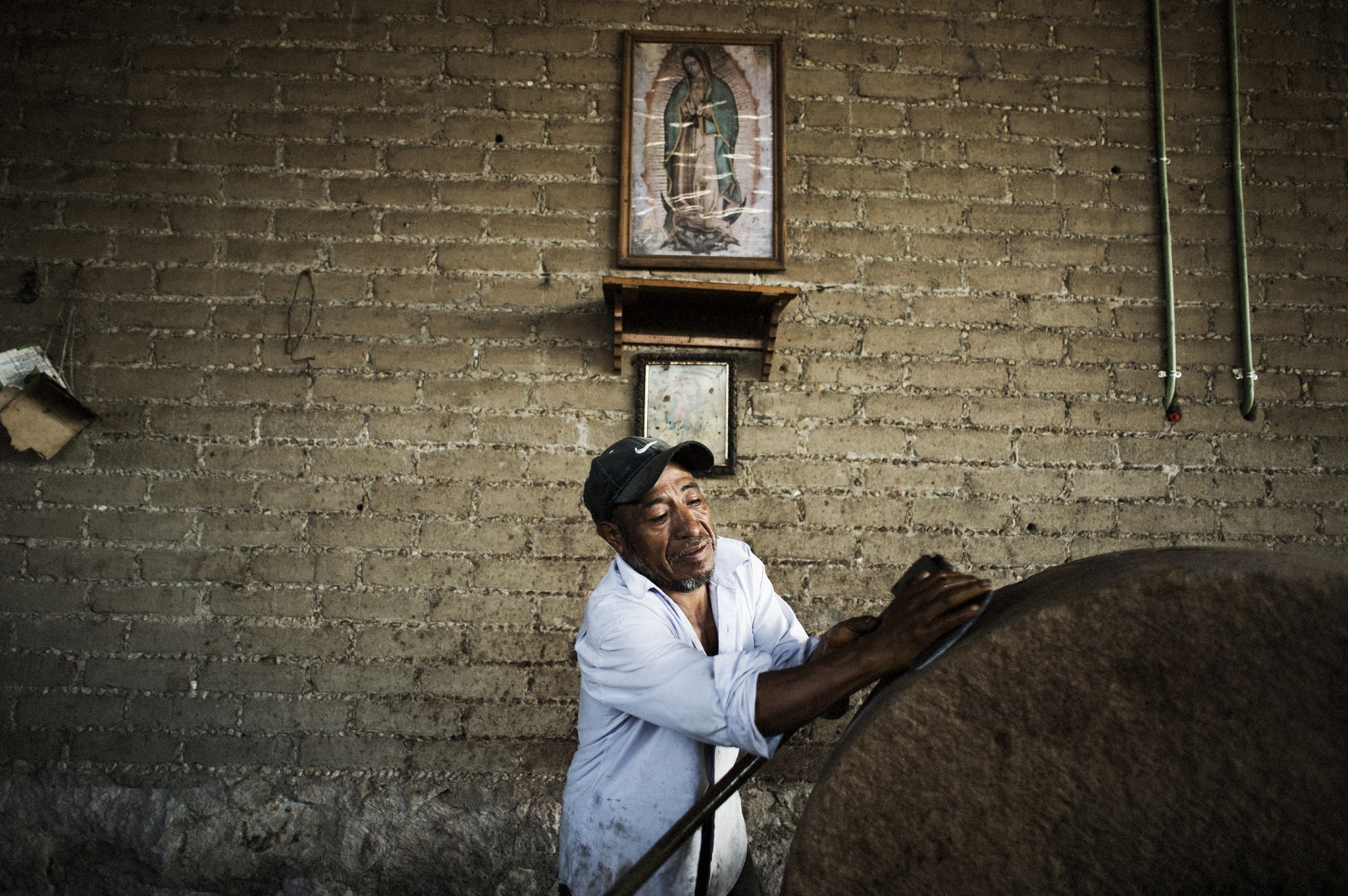 From the religious connection of the agave to the people, to the origianal wood and stone tools used to create it, mezcal traditions are passed from generation to generation in Oaxaca.
