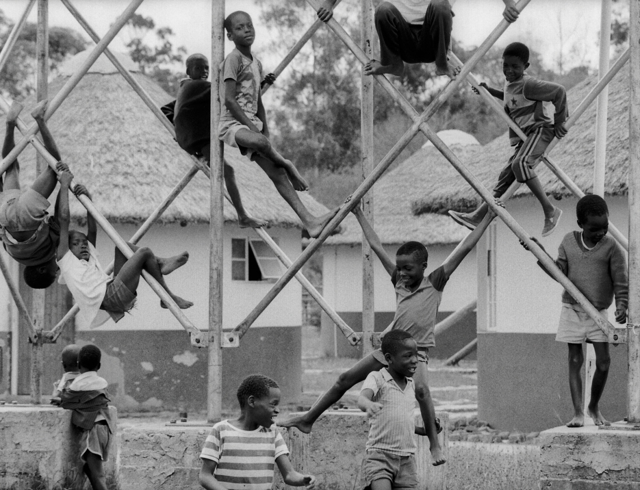Art and Documentary Photography - Loading zimbabwe.jpg